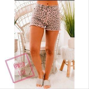 5🌟 BESTSELLER Ellie Leopard Shorts